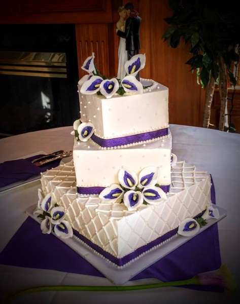 1443987502352 Beautiful Wedding Cake Manitou Springs wedding venue