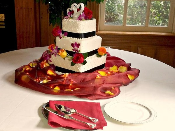 1444171827782 Wedding Cake Manitou Springs wedding venue