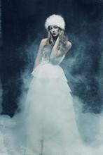 220x220 1374169132113 phocathumblcasanova fashion online 007
