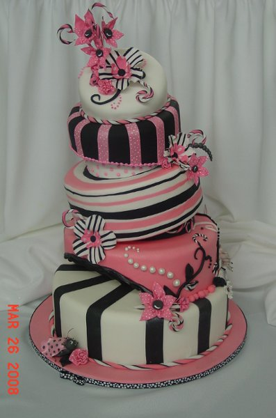 patty cakes web site features over 400 pictures of cakes designed and