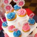 130x130 sq 1279811857343 cupcakes