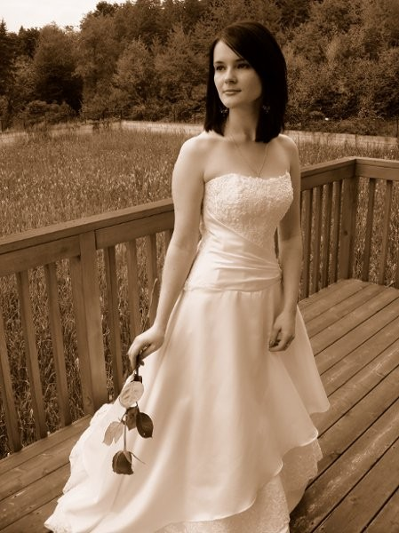 Affordable bridal alterations dress attire vancouver for Cheap wedding dresses vancouver
