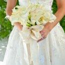 130x130_sq_1344888137555-bouquetwhite