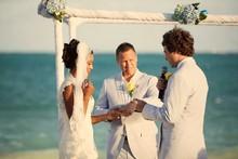 220x220 1459985497835 crystal beach wedding 1