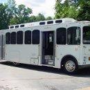 130x130 sq 1206565479625 limobus004