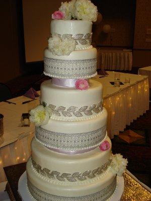 Iced Art Cakes By Design Wedding Cake Missouri Kansas