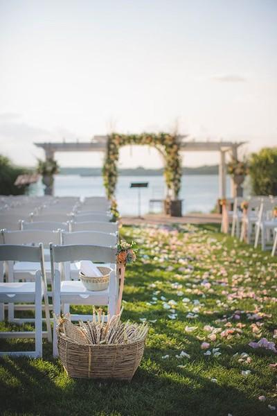 600x600 1481213468411 garden party wedding