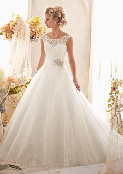1414286069408 2607 Size 4 Atlanta wedding dress
