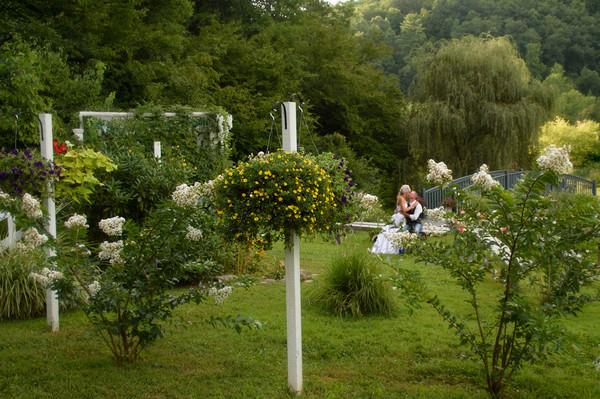 Honeysuckle Hills Pigeon Forge Tn Wedding Venue