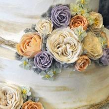 220x220 sq 1518979356 e27e67b9a950ccaa 1509376405391 butter cream flowers