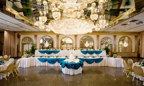 600x600 1345576968098 weddingreception2roomsidesete