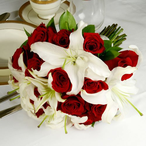 Red White Bouquet Fall Spring Summer Winter Wedding Flowers Photos Amp Pictures