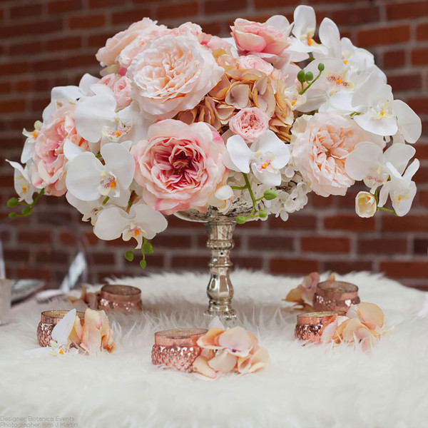 Classic hip hollywood glam romantic pink white centerpiece