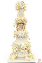 220x220 1452975788 8a50458d2ed6f9ce towering floral wedding morgan cake2848