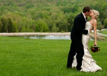 220x220_1363312057314-weddingwirecoverpic