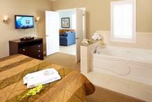 220x220 1368806409385 sunset suite bedroom