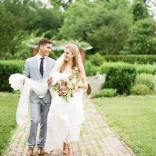 220x220 sq 1458571610 2413c76cedfe1edc 1443818536846 sweet tea photography bride and groom brick walk