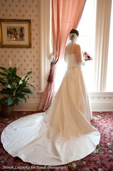 Wedding Dresses Joliet Il : Jacob henry mansion estate joliet il wedding venue