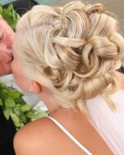 220x220 1270666715127 weddingupdo