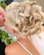 220x220_1270666715127-weddingupdo