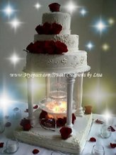 220x220 1280959716964 weddingcake2