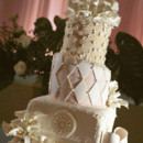 130x130 sq 1370032609879 la concha wedding cake