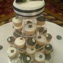130x130 sq 1271714625240 blackandwhitecupcakes
