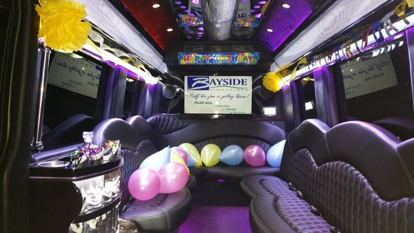 600x600 1502379651135 15 pass limo bus birthday