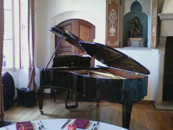 photo 3 of Patrick Byrne, Piano