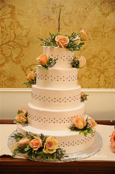 1378919564162 Pin Dot Cake Design Beacon wedding venue