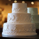 130x130_sq_1407444116547-white-round-wedding-cake