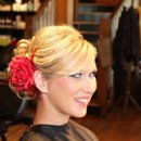 130x130_sq_1328109827741-weddinghair021