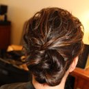 130x130_sq_1328109982725-weddinghair028