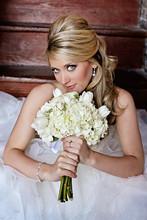 220x220 1365733616421 bridals leighann1079aaaaa