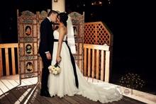 220x220_1407877169422-couple-3