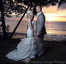 220x220 1464984225 b038431f12bd50c4 600x600 1431616290936 tres palmas ricon sunset weddings 36