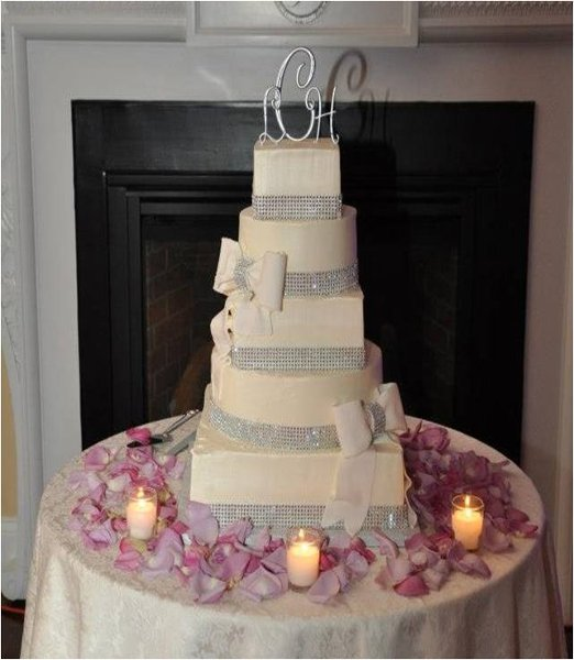 1358807527833 Customrhinestone Danvers wedding cake
