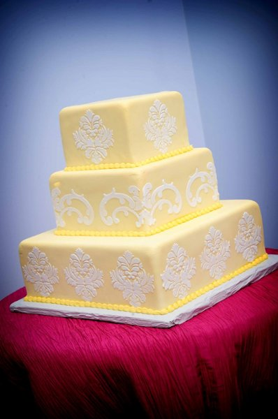 1358809393969 Bharatcakes049 Danvers wedding cake
