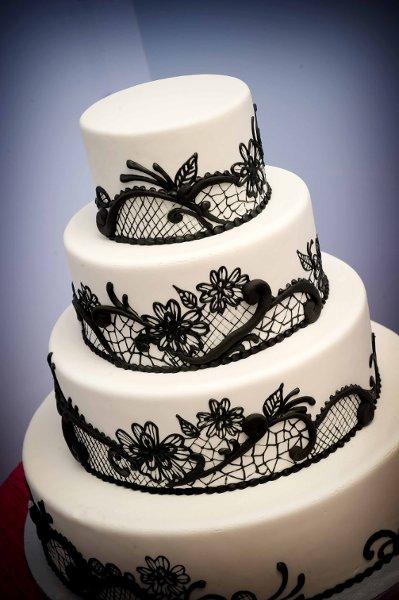 1358809395622 Bharatcakes053 Danvers wedding cake