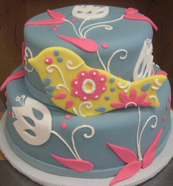 1372078463857 Fondantbirdappl Danvers wedding cake