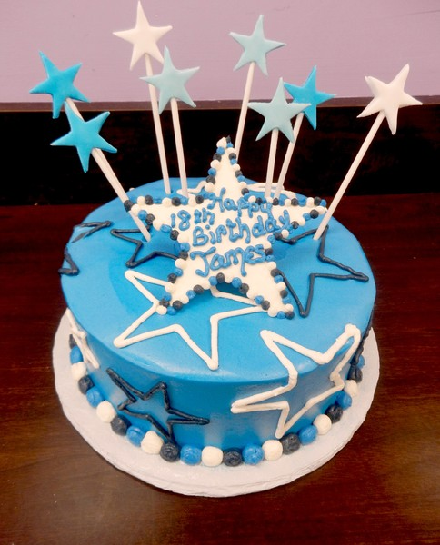 1372078525656 Star Birthday Danvers wedding cake
