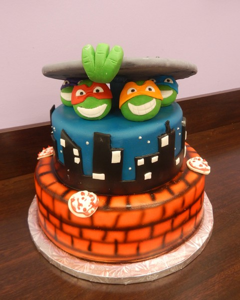 1372078719446 Ninja Turtles J Danvers wedding cake