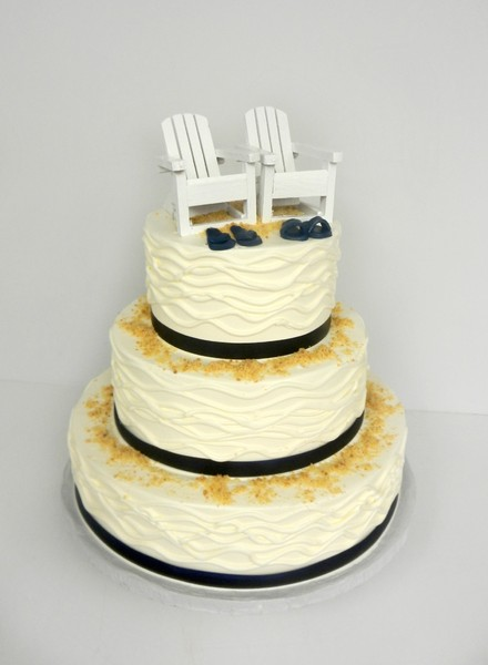 1381855277667 Beach Chairs Danvers wedding cake