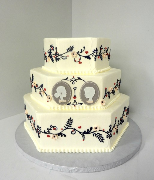 1478710947848 Cameo Danvers wedding cake