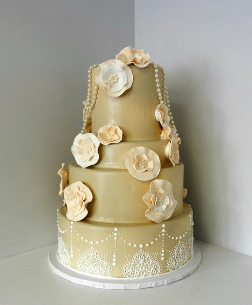 1478710999257 Flowers And Pearls Danvers wedding cake