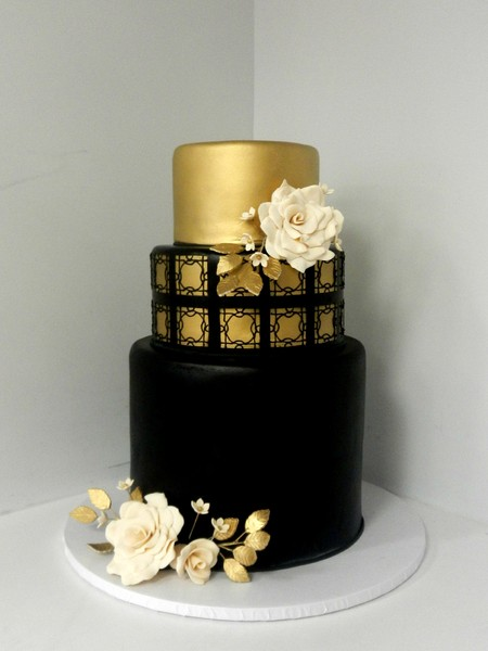 1478711687058 Black And Gold Wedding Danvers wedding cake