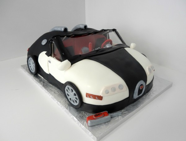 1478712426277 Bugatti Asterisk Danvers wedding cake
