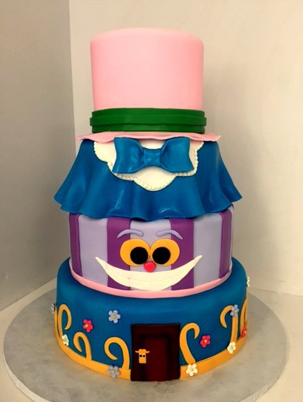 1478712634274 Alice In Wonderland Danvers wedding cake