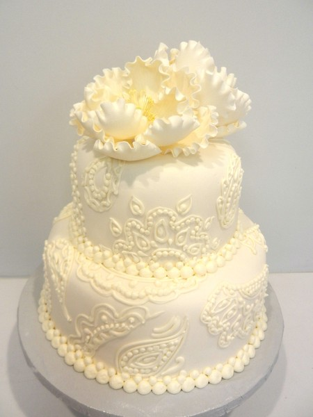 1478715707254 Paisley And Peony J Danvers wedding cake