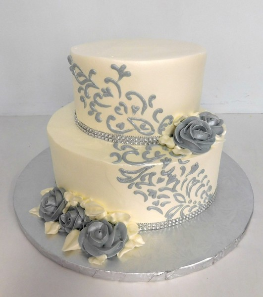 1478715746603 Silver Scroll Roses And Bling Danvers wedding cake